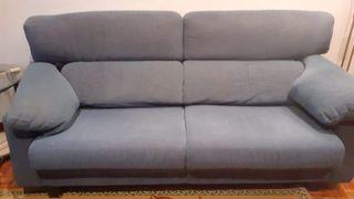 Sofá azul de tres plazas 2,20 m