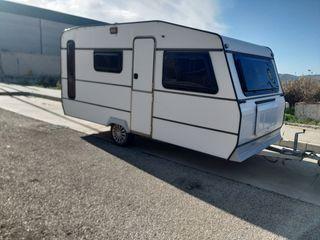 se vende caravana de 750 kg