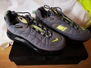 Nike 720