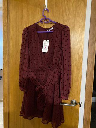 Vestido color vino de Zara