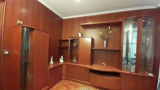 Conjunto de muebles de salón de madera