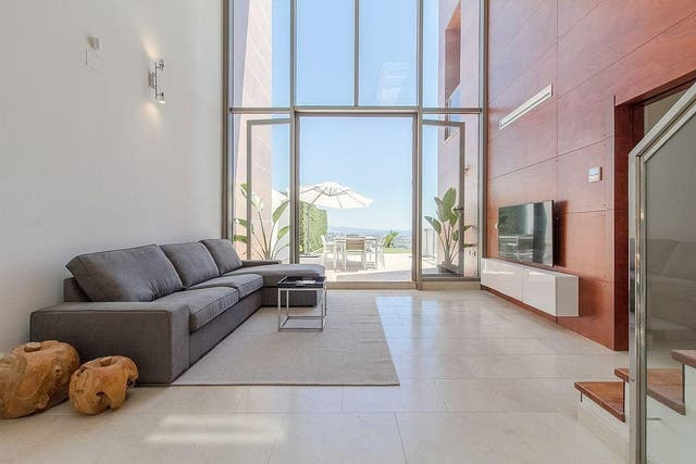 Casa adosada en alquiler en Benahavís (Sayalonga, Málaga)