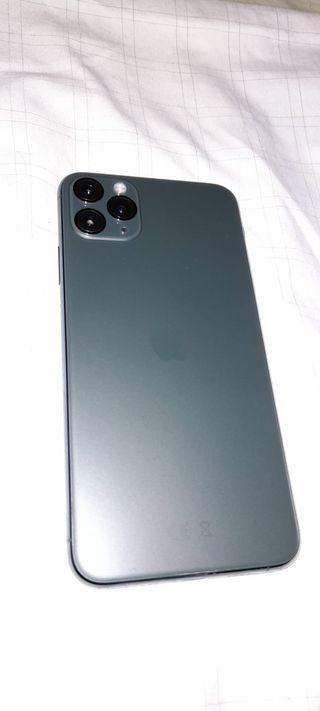 Se vende IPhone 11 Pro Max 64GB