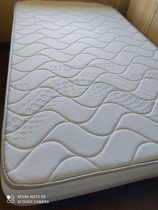 se vende colchón + canape 1.05