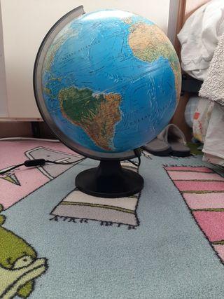 lampara bola del mundo
