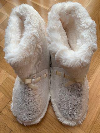 Zapatillas botas de casa