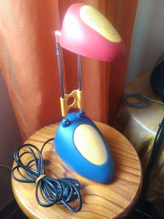 Lámpara de mesita de noche moderna