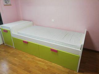 cama infantil y Zapatero