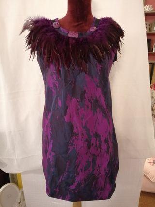 vestido plumas fiesta