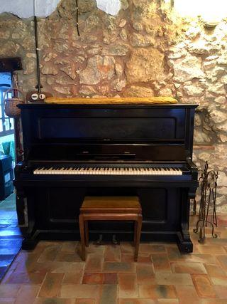 Piano de pared Chassaigne Freres