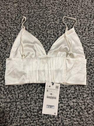 Top de Zara blanco