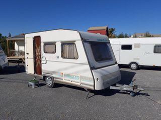 Caravana Caravelair 375. -750kg.