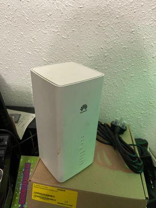 Router 4G Huawei B618 con WiFI de doble banda.