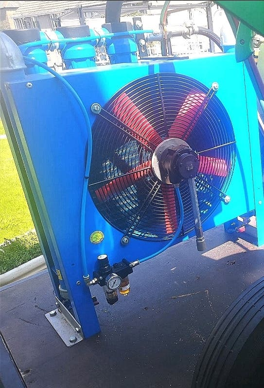 GRiTCO RA-65-PN air dryer with filters runs off co