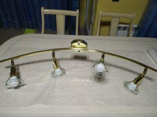 lampara arqueada color dorado