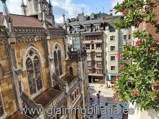 Piso en venta en Zona Teatro Campoamor en Oviedo
