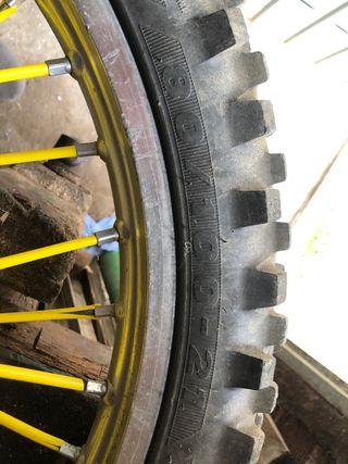 Neumático cross enduro 80/100/21