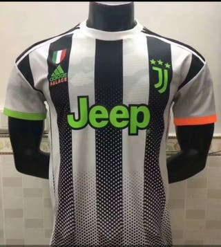 "Camiseta futbol JUVENTUS Edición PALACE ""L"""