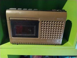 radio caset antiguo años 60.....