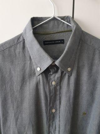 Camisa gris Purificación García