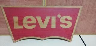 Cartel madera Levi's