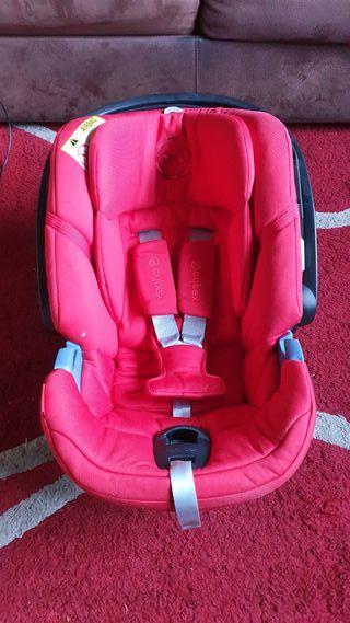 Silla de coche de bebé - Cybex Aton 5 - Rojo