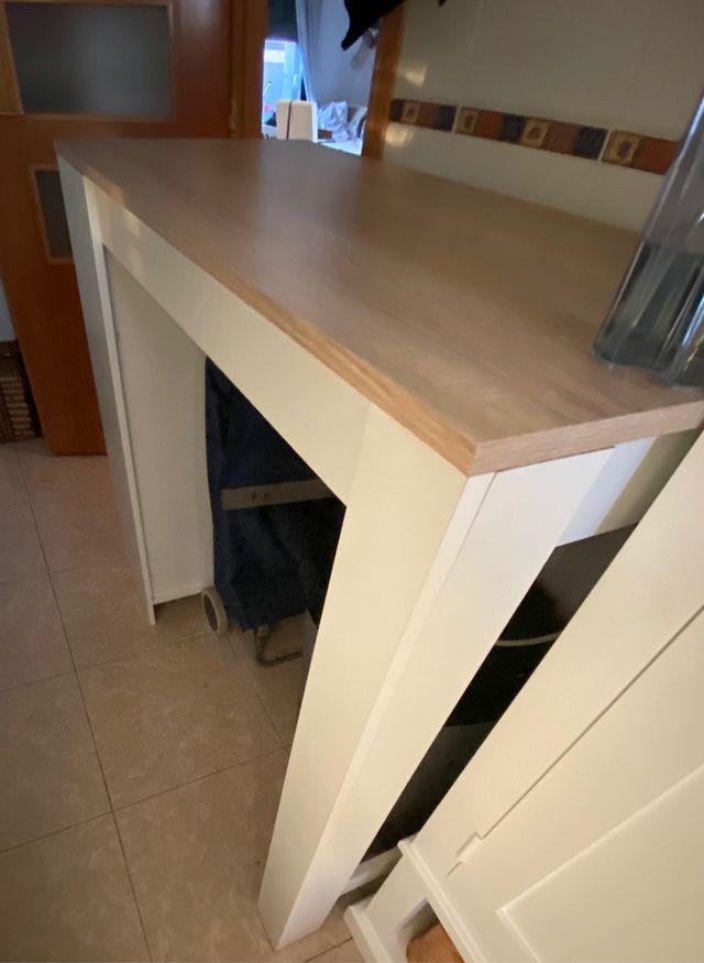 Mesa alta de cocina