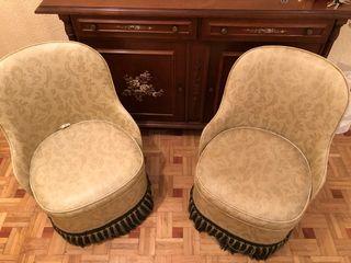 2 sofas pequeños