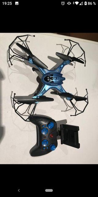 Dron cuadricóptero.
