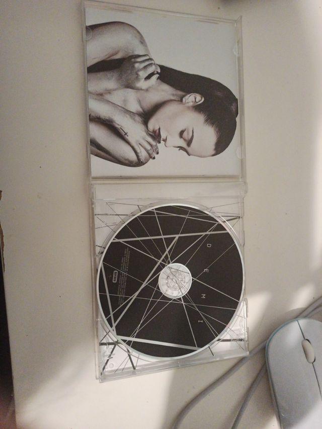 Disco DEMI Demi Lovato