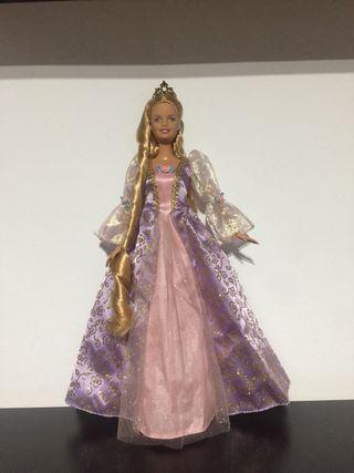 Barbie princesa rapunzel