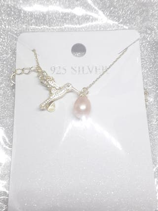 Lovely Bird Pearl Necklace For Women