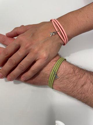 Pulsera solidaria, lucha contra el cáncer.