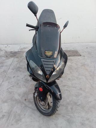 Moto Aiyumo Nassau 125