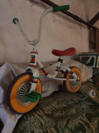 Bicicleta triciclo niños antiguo