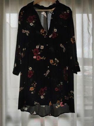 Vestido/Camisa Stradivarius Flores