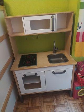Cocinita/cocina juguete Ikea