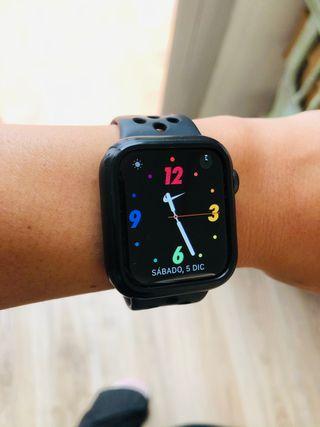 Apple Watch serie 5 Nike 40 mm gps + celular