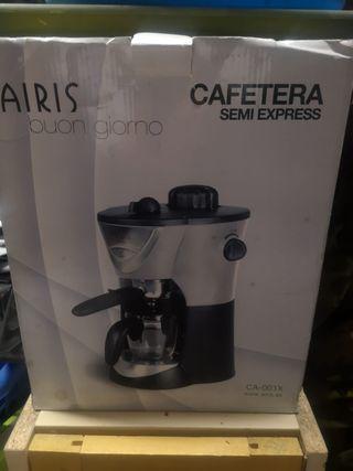 Cafetera NUEVA sin usar