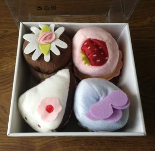 DUKTIG. Set de 4 piezas cupcakes. IKEA