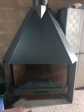 Se vende chimenea de hierro