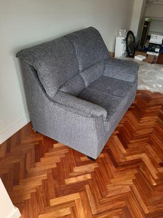 Sofá de dos plazas