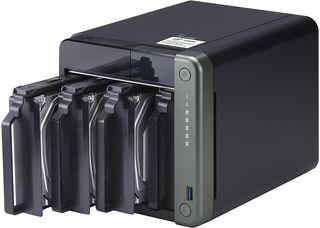 NAS QNAP TS-453D-4G Ampliado a 32GB