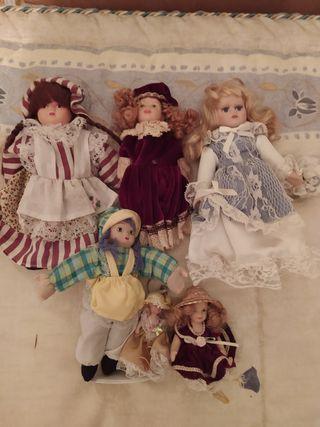muñecas porcelana 7 euros todas