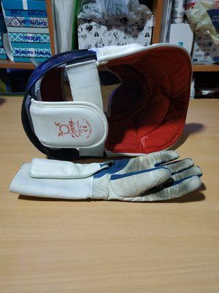 máscara y guante diestro esgrima