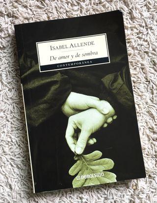 De amor y de sombra Isabel Allende. Novela