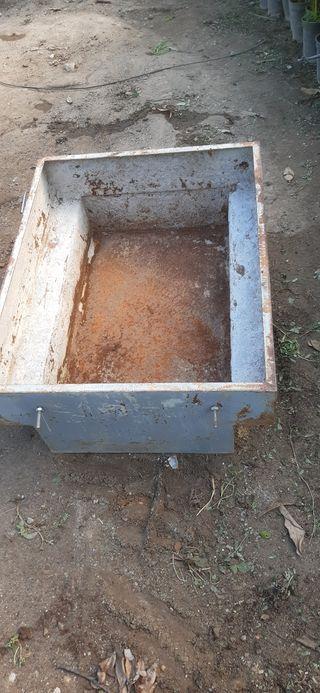 cajon para carretilla oruga o minidumper