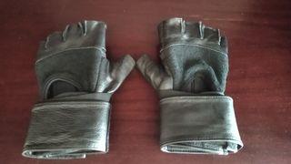 guantes de cuero con kevlar en las palmas