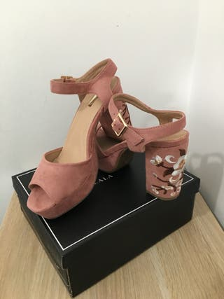 Zapatos PeepToes Tacón Bordado