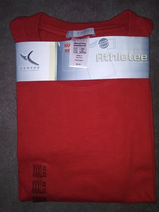 Camiseta de manga corya roja marca Domyos